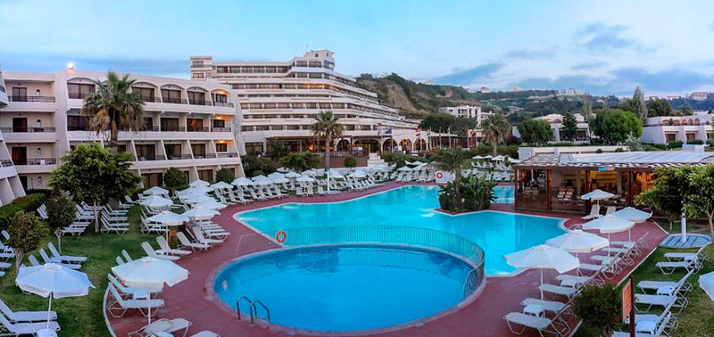 Cosmopolitan Mare Hotel 4 Star Distance to the center: About 50m